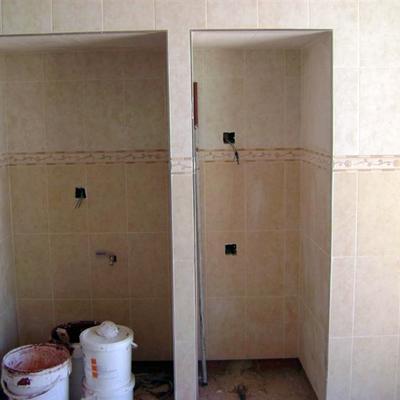 hueco de lavadora y frigo con azulejo 20 x 30