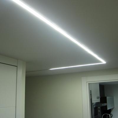ILUMINAR EL PASILLO CON LEDS