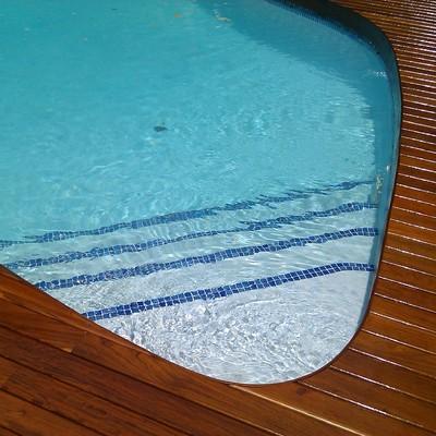 Tarima exterior ipe piscina