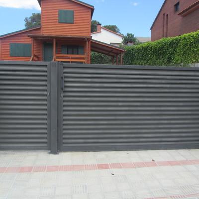 """Puerta peatonal y corredera con lama """"Z"""""""