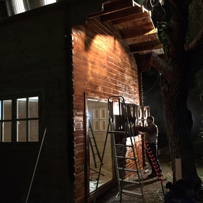 Montaje y pintura casa en kit