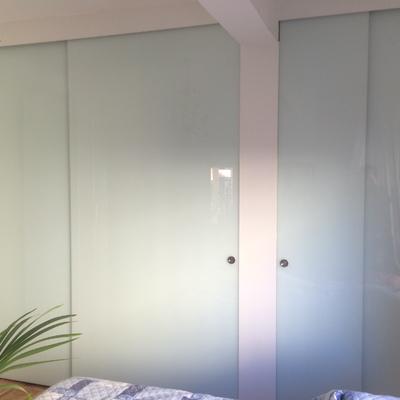 Puerta correderas armarios  en vidrio