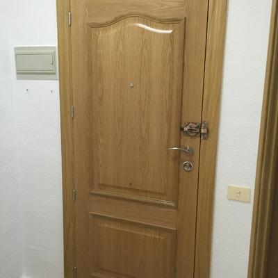 Puerta de entrada de roble mod. provenzal