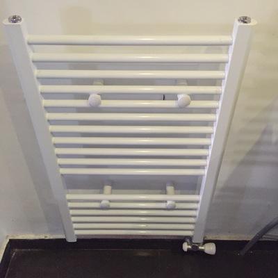 Cambio radiador por toallero