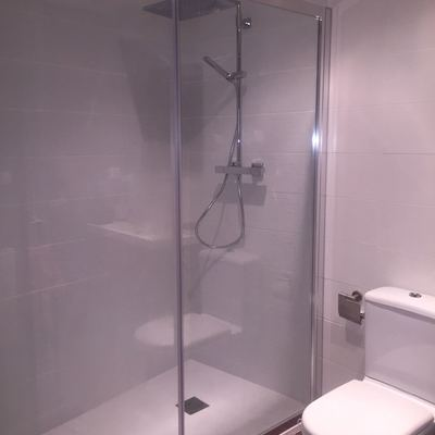 Cambio de bañera por ducha fibra