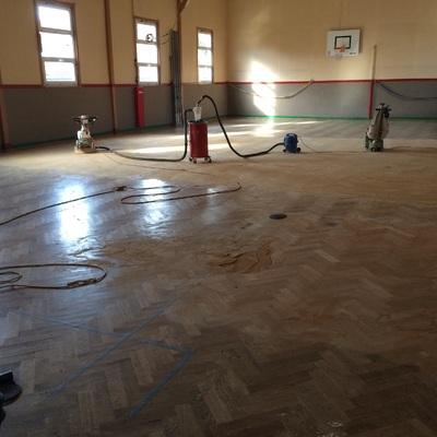 Lijado pabellón deporte