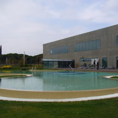 Ideas y fotos de construcci n piscinas en barcelona for Construccion de piscinas barcelona