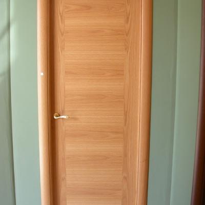 Puerta lisa madera