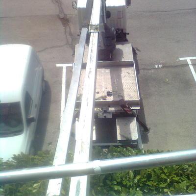 Camión grúa podas