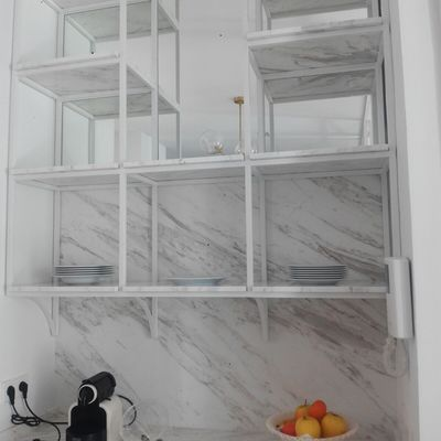 Estanterias en marmol Volakas diagonal