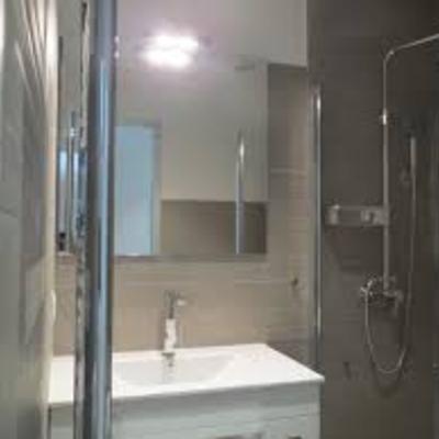 Cambio de bañera por plato de ducha y reforma integral baño