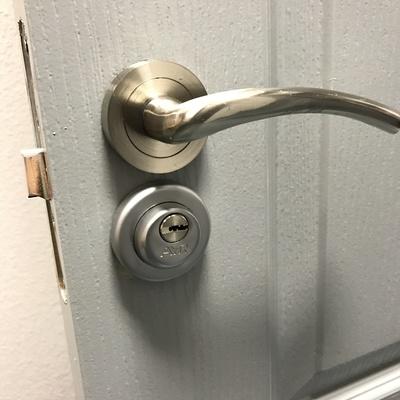 Seguridad en puertas interiores