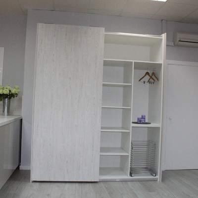 Frente armario zona lavado-plancha