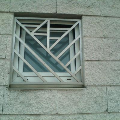 Reja ventana inoxidable satinado