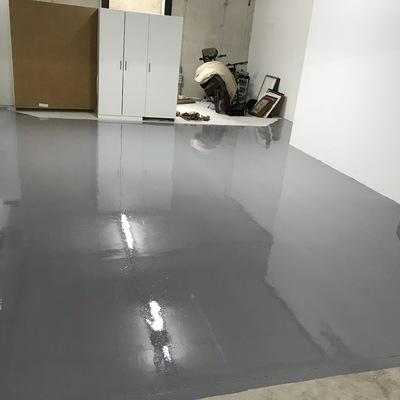 Pintado de suelos con poliuretano