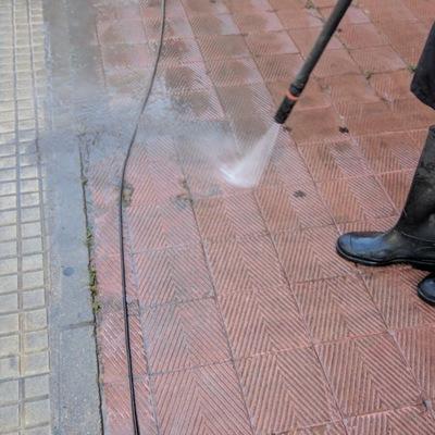 Limpieza pavimento exterior