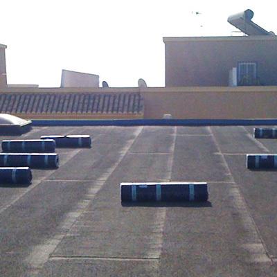 Tela asfáltica en terraza techo comunitario