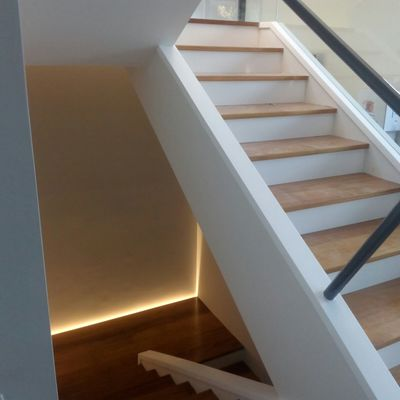 Escalera nueva Abanto