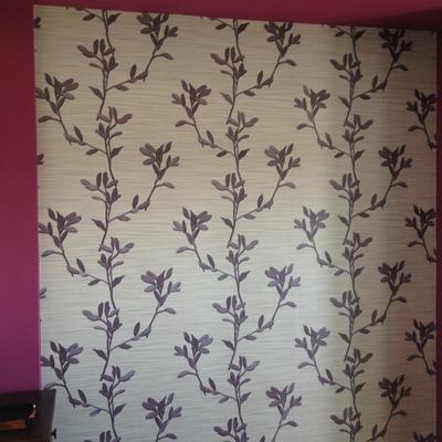 alisado de paredes y papel pintado
