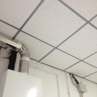 Colocacion de falso techo e instalacion de luces.