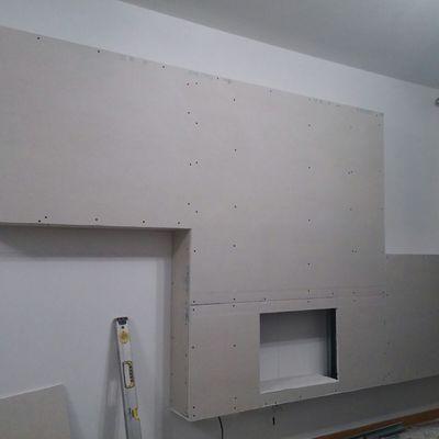 Mueble de pladur para ocultar chimenea