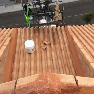 Arreglo en tejado