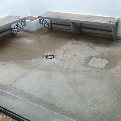 Pavimento en patio interior