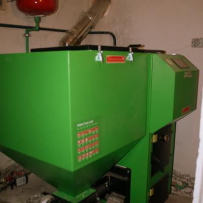 Instalación de caldera policombustible realizada por Calidax
