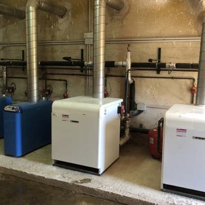 Sala de calderas para agua caliente sanitaria