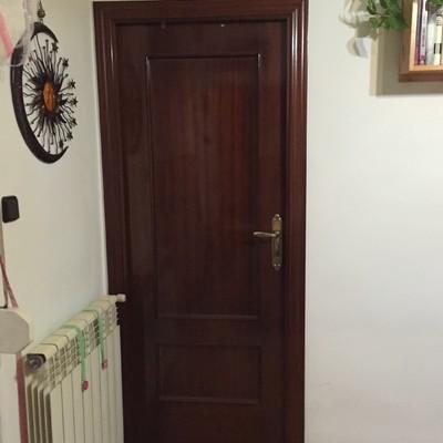 Puerta sapelly (Antes de lacar)