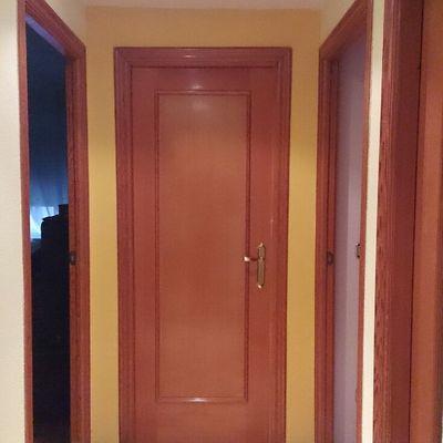 Puerta lacada blanca antes