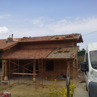 tejado en casa de pueblo