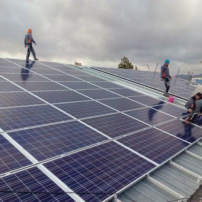 Insalación para autoconsumo solar en nave industrial para congelados.