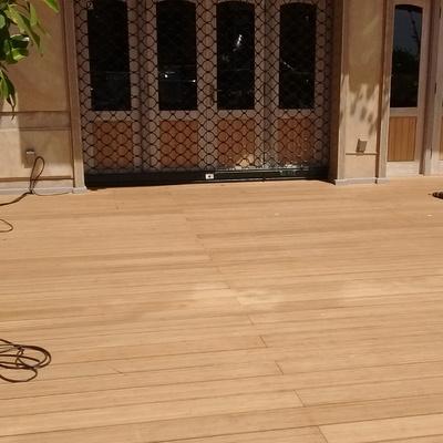 Tarima de Bambú en terraza de Restaurante