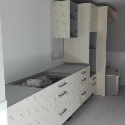 Diseño e instalación de mobiliario de cocina