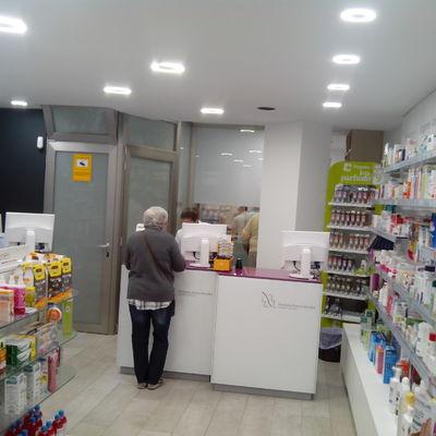 Interior Farmacia Nuevo Versalles 4