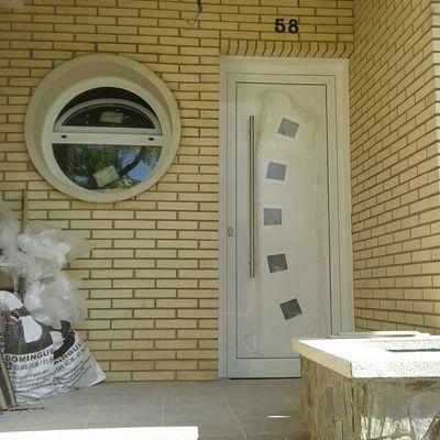 Puerta entrada casa