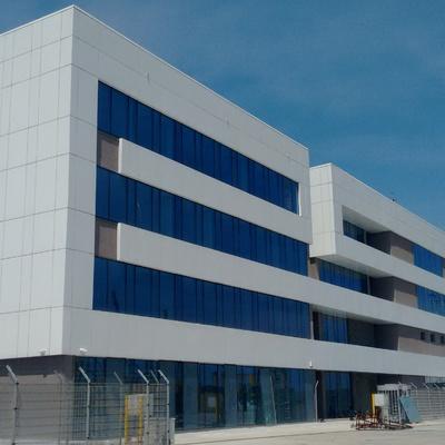 Edifici administratiu a lomé container terminal, togo