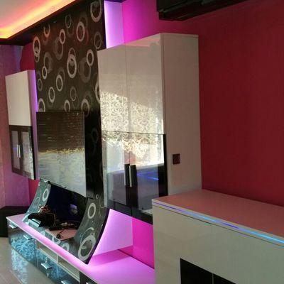 Mueble de Tv con luz y decoracion