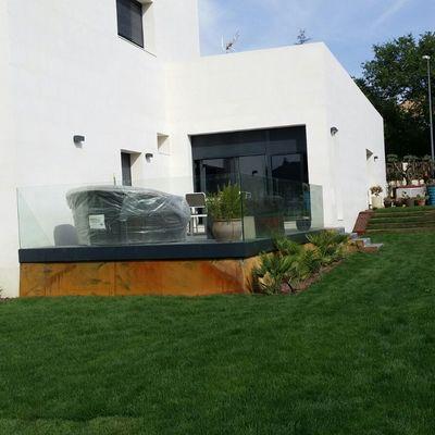fachada jardin