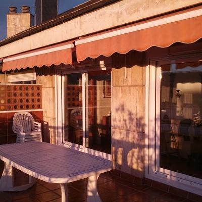 Instalación de balconeras correderas en ático en Plaza España, Barcelona