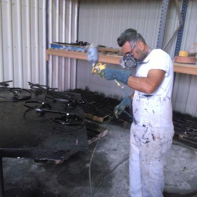repaeacion y pintado de  hierros y forjas