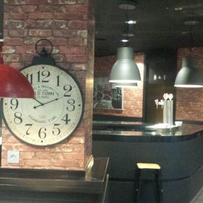 Entrada con reloj