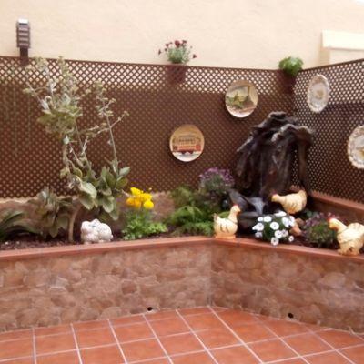 Jardinera con fuente