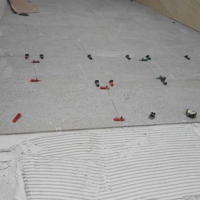Pavimento porcelanico para exterior con juntas de autonivelacion