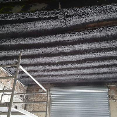 Protección techo con estructura metalica