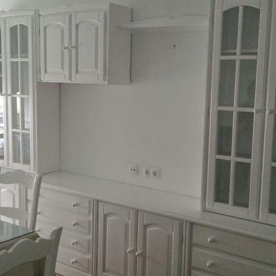 Muebles de salón lacados en blanco