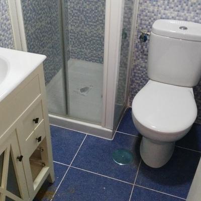 Montage sanitario y mueble lavabo