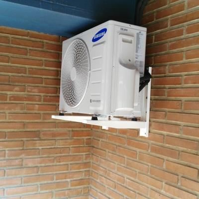 Condensadora en balcon