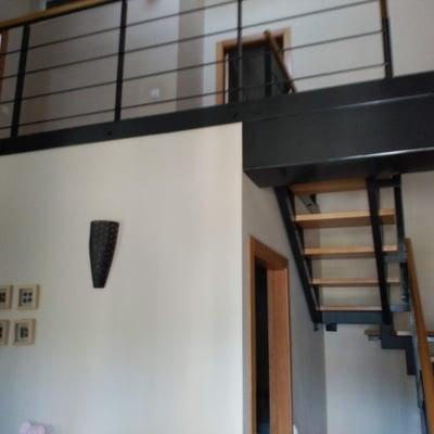 Escalera madera metal